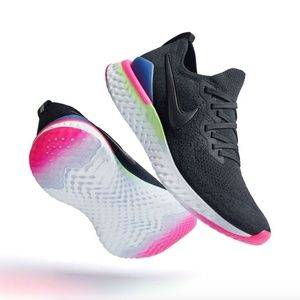 Nike Women's Epic React Flyknit 2 with extra laces